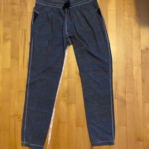 Lululemon Pants light grey joggers size 6